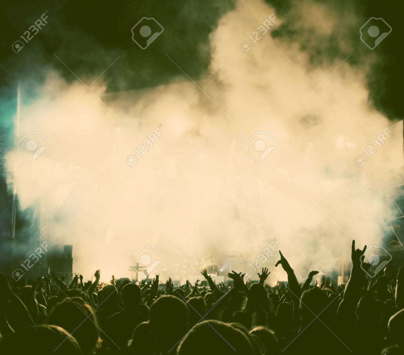 Crowd at concert - retro style photo - 41116212