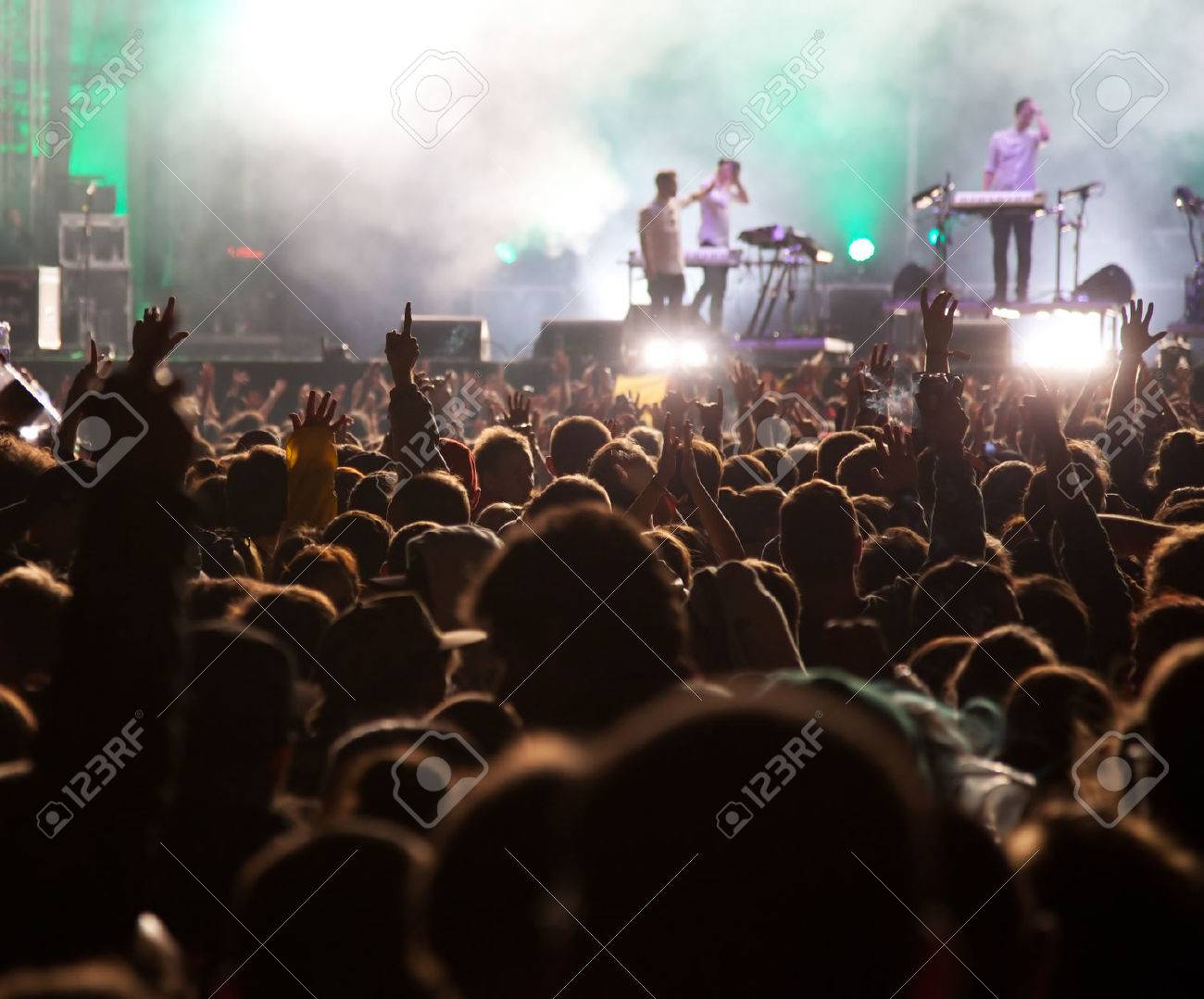 Crowd at concert - 43089468