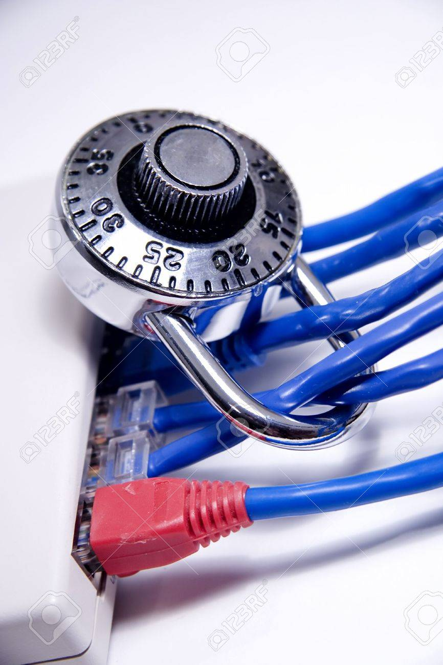 Network cables with lock on them - 310156