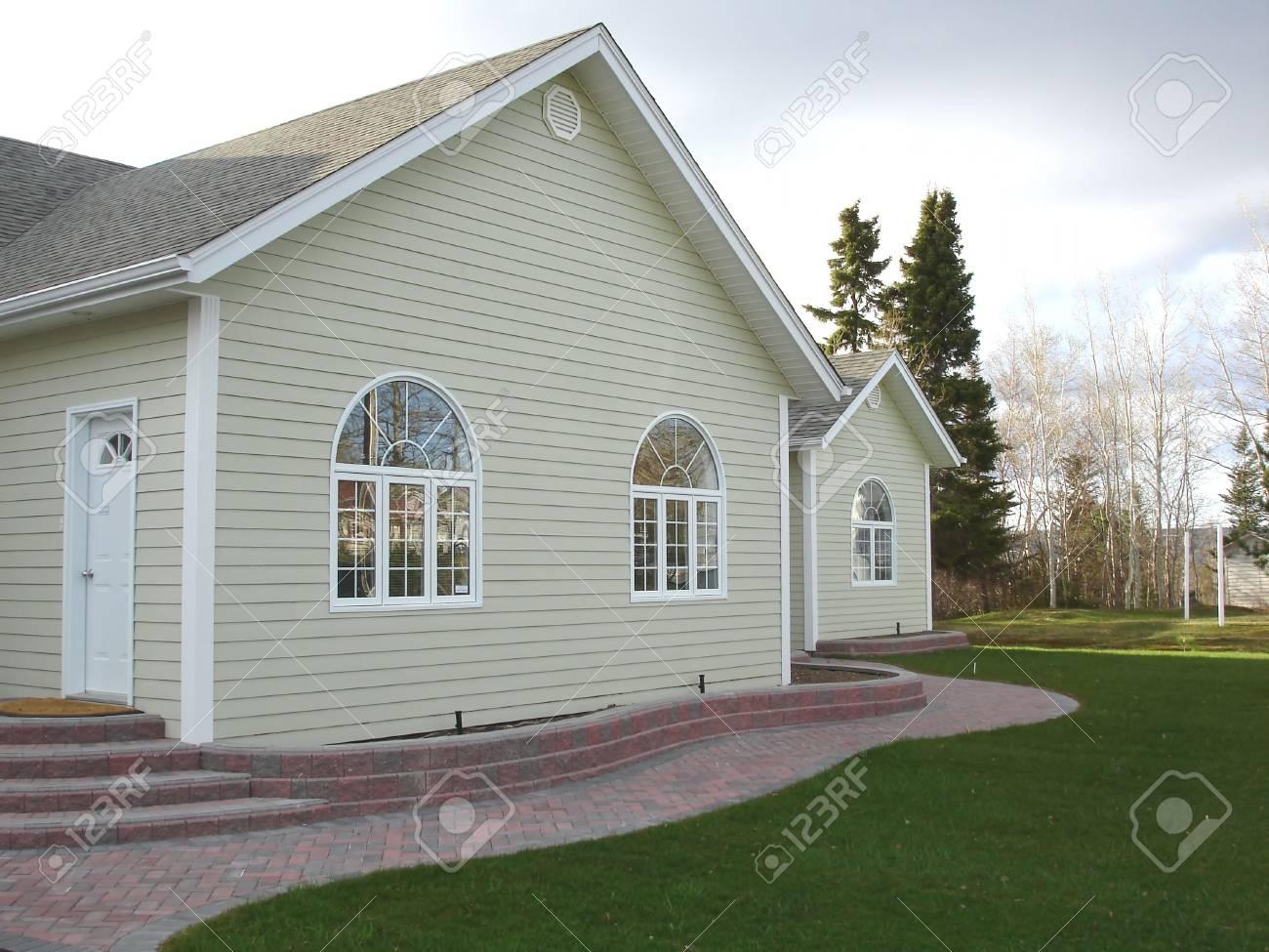 A Modern Home - 412736