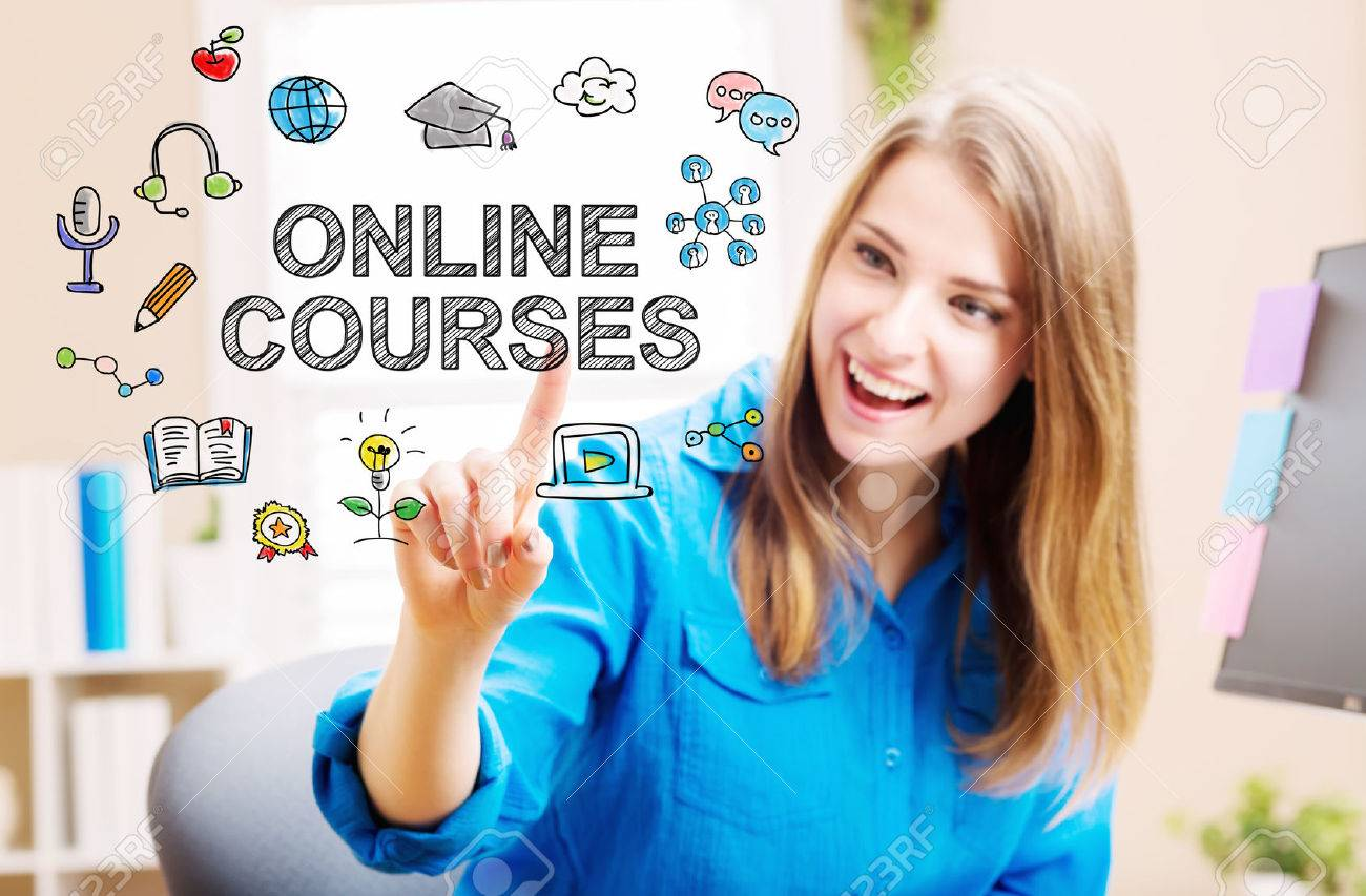 Online courses concept with young woman in her home office Standard-Bild - 54662570