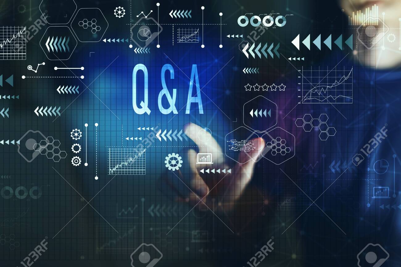 Q and A with young man on a dark background - 118385800