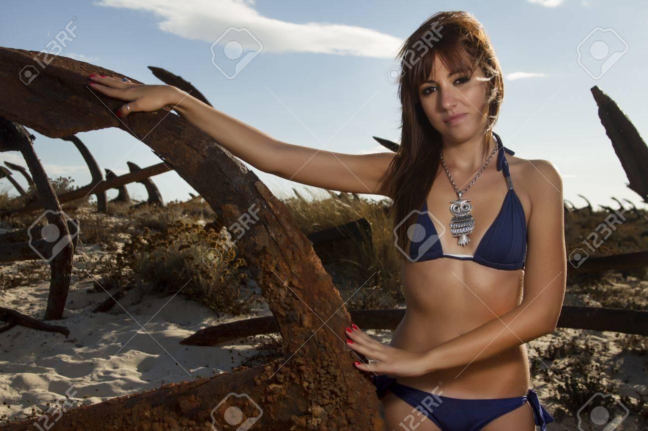 Bikini girl pic portuguese pretty — img 8