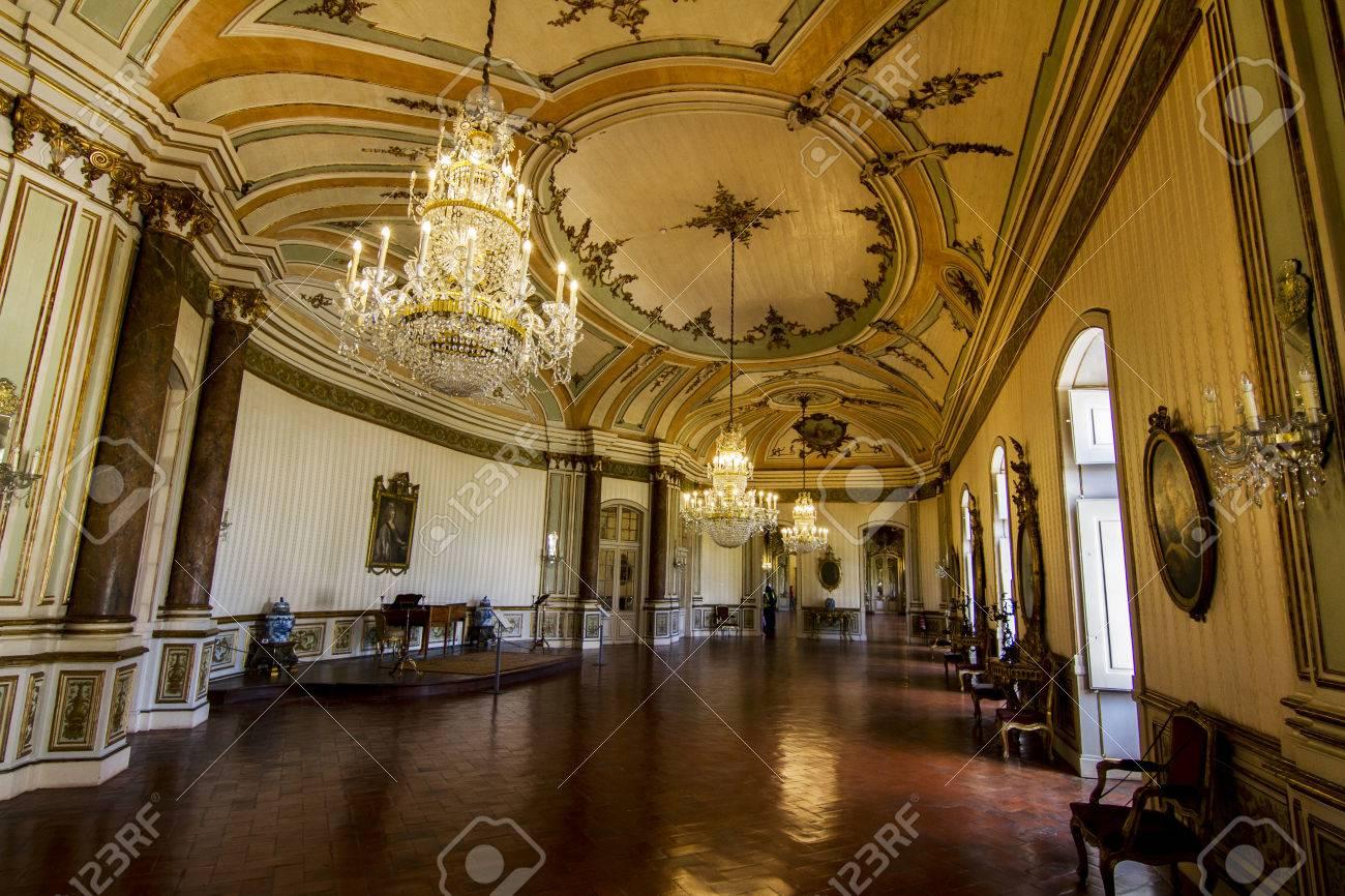 Vista De Las Increbles Habitaciones Decoradas Del Palacio Nacional