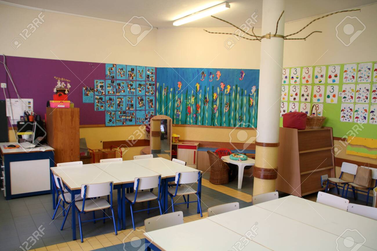 View of the interior of elementary school. - 142167610