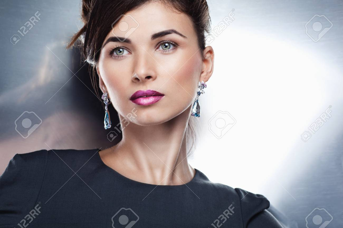 Woman posing in exclusive jewelry  Professional makeup Stock Photo - 17892298