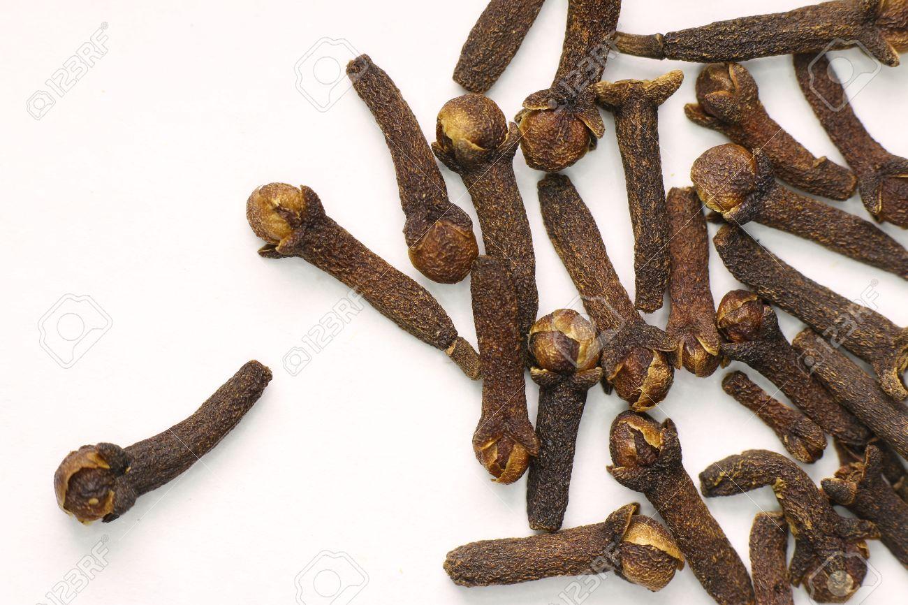 semillas de clavo