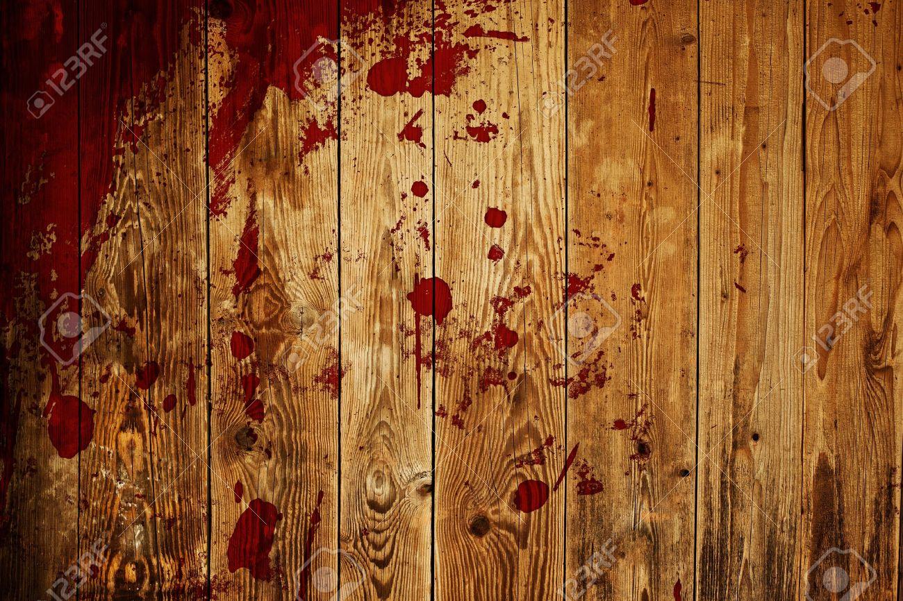 red paint splash on wood plank Stock Photo - 14671313