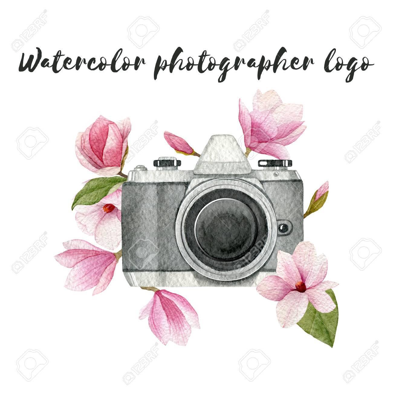 Logo Acuarela Fotografo Con Camara De Fotos Vintage Y Flores De