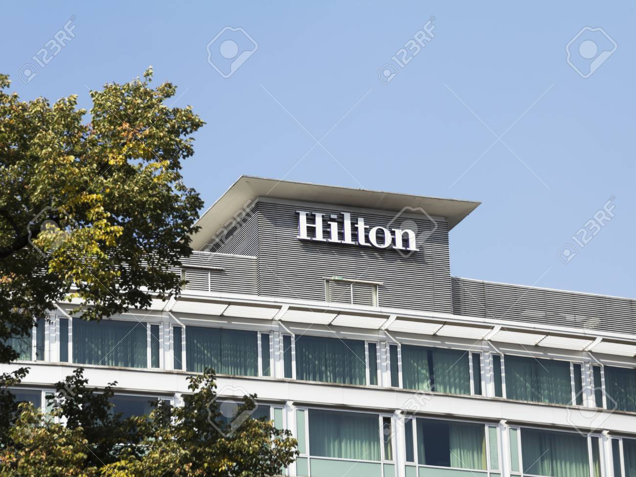 Hilton Hotel In Frankfurt Hilton Hotels And Resorts Has Over
