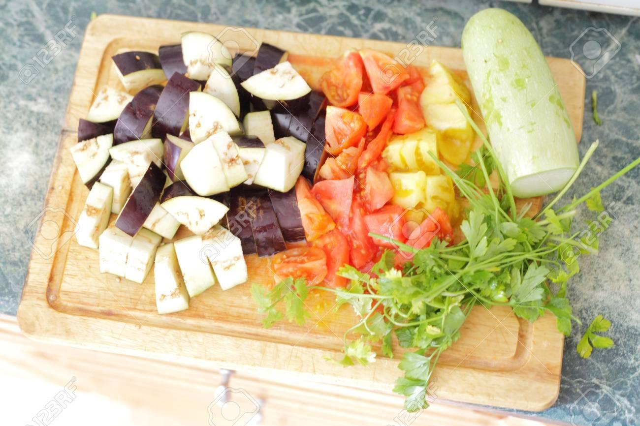 Healthy food - fresh vegetables Stock Photo - 14983442