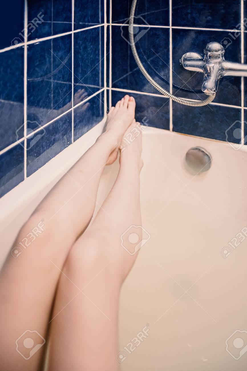 Bathtub Selfie