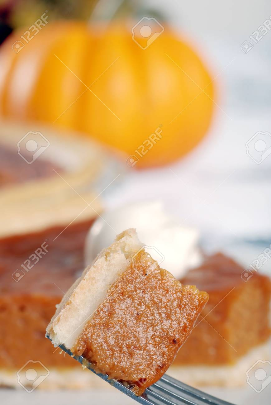 pumpkin pie on a fork Stock Photo - 5720694