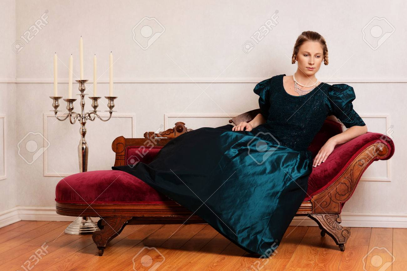 Excellent Victorian Woman On Fainting Couch Unemploymentrelief Wooden Chair Designs For Living Room Unemploymentrelieforg