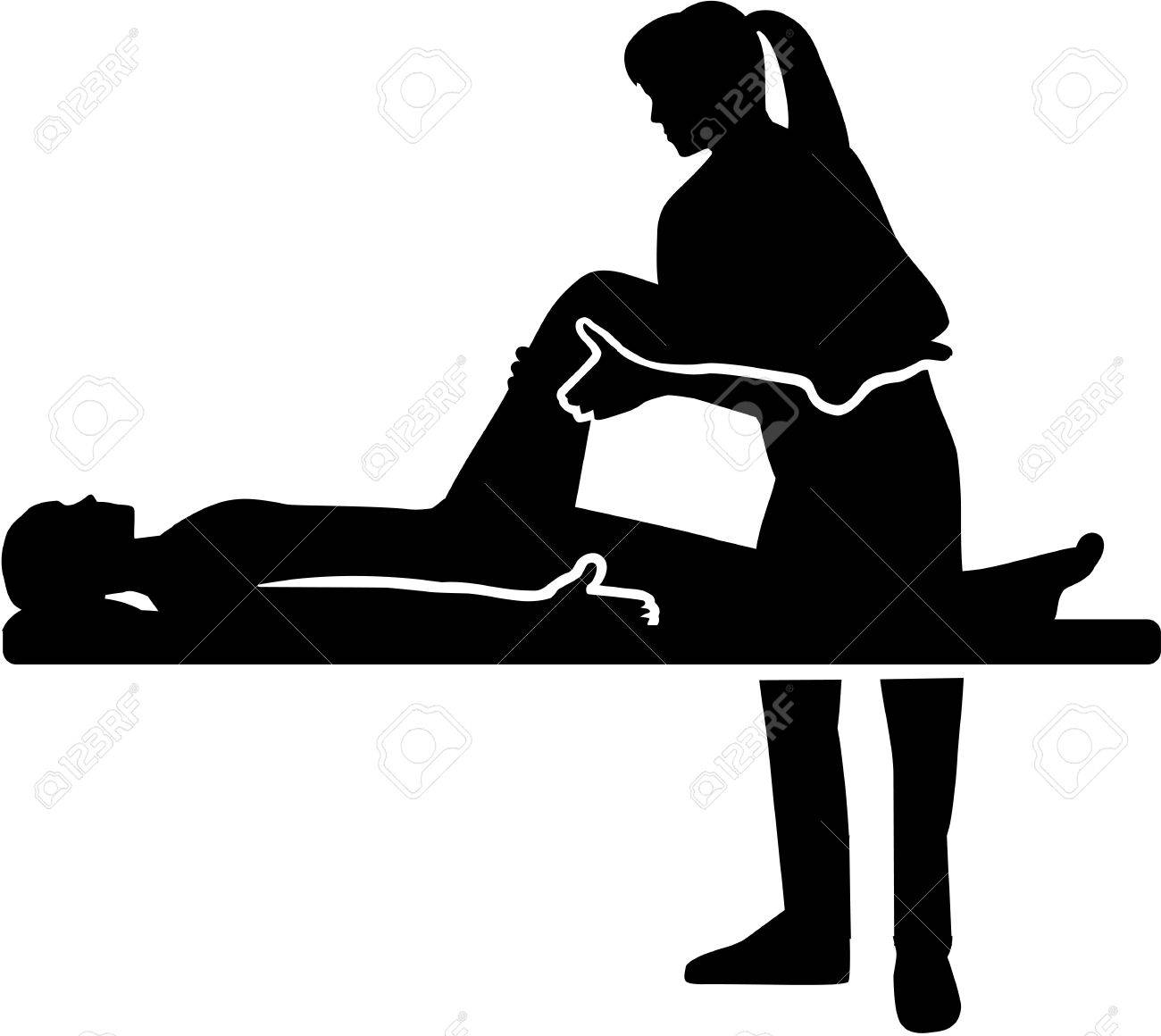 Female Physical therapist - 69035026