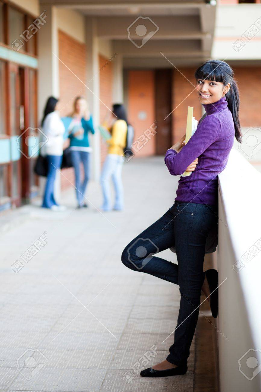 pretty young female college student full length portrait Stock Photo - 14669108