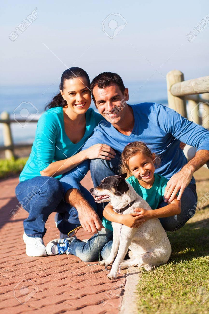 Семьями на пляже 15 фотография