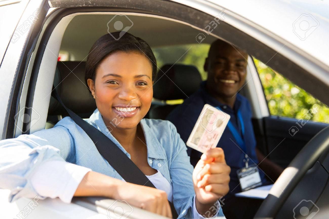 Test De Conduite >> Pilote D Etudiant Africain Reussit Le Test De Conduite Et La Tenue De Son Permis De Conduire