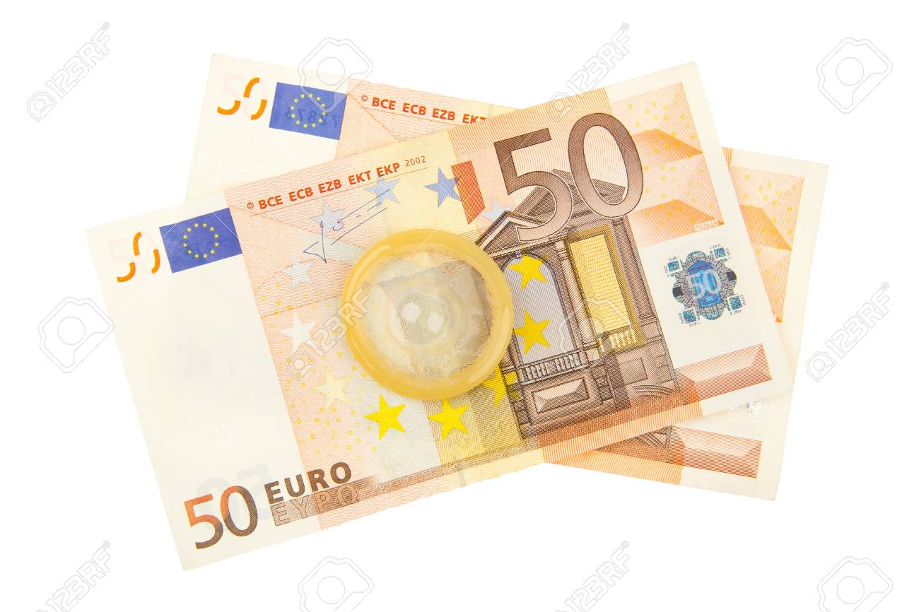 15350240-cond%C3%B3n-en-dos-billetes-de-