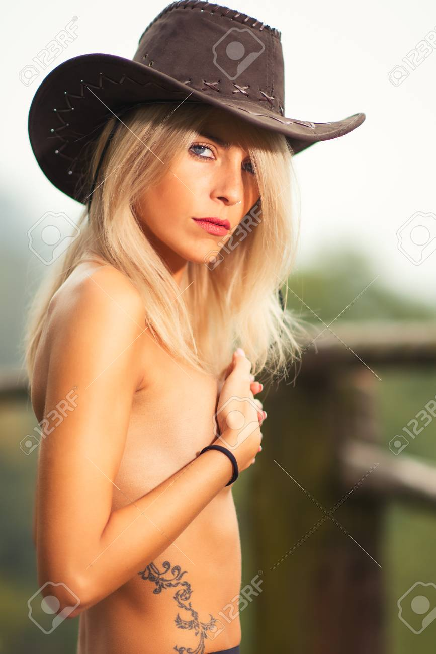 Black rideing cock