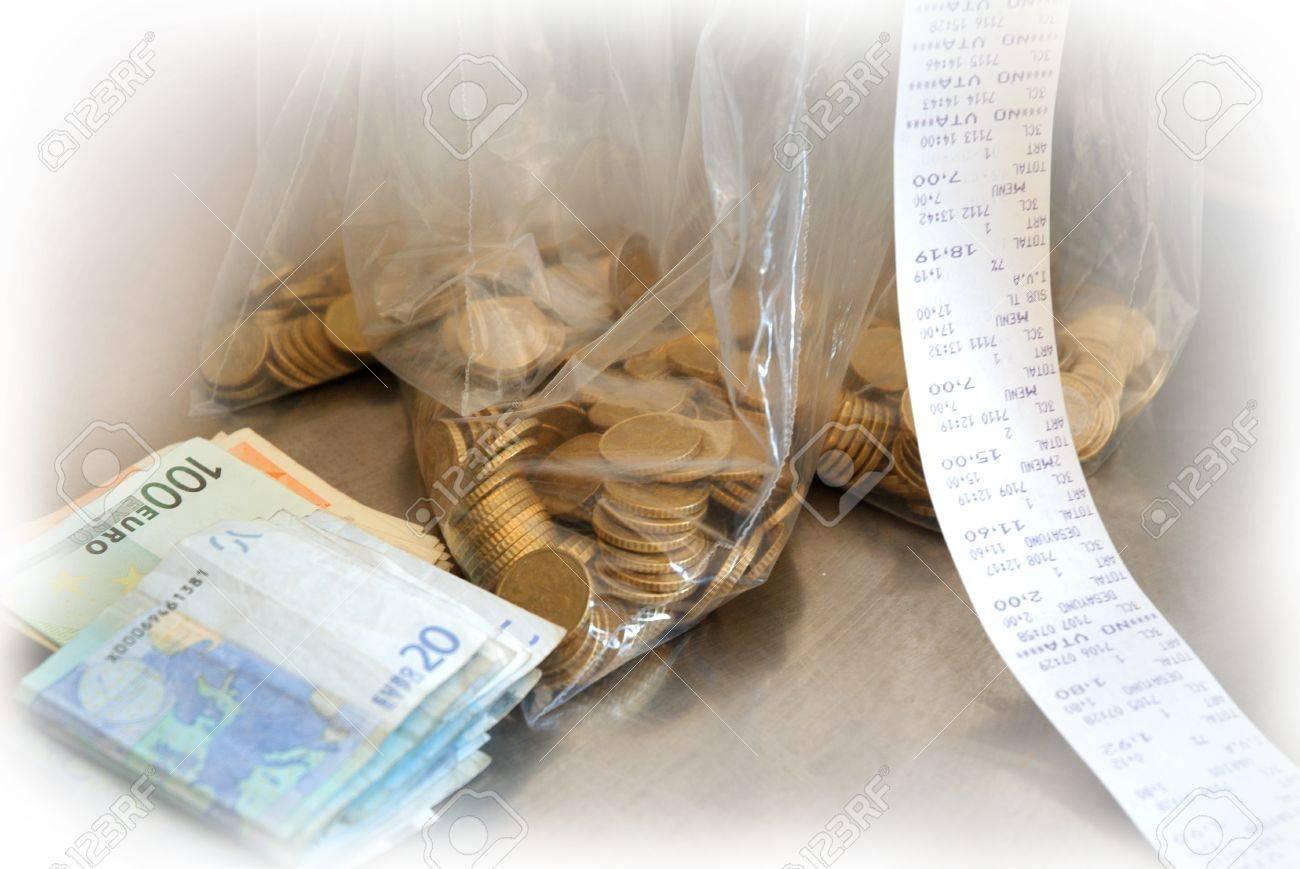 La recaudación de fondos de la venta de entradas al día Foto de archivo - 14578625