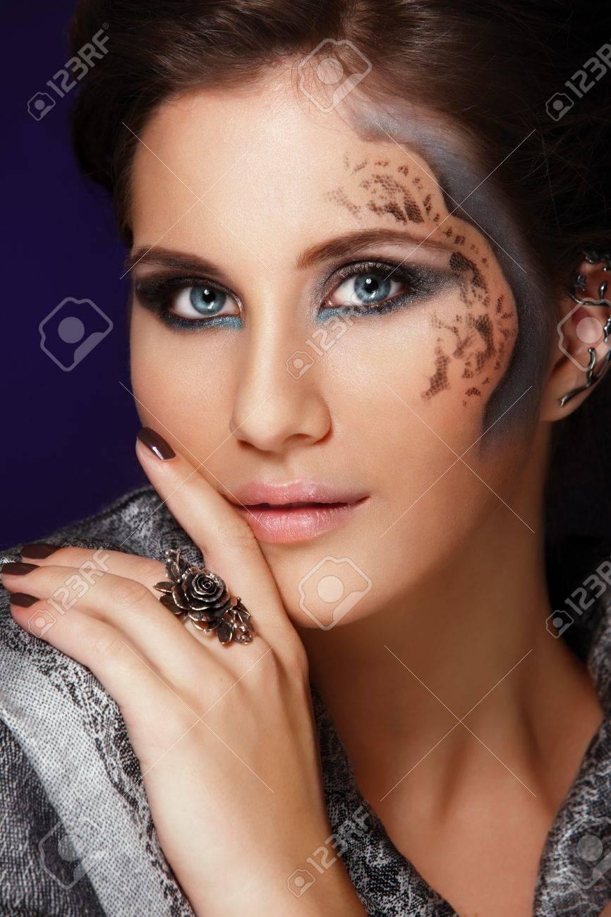 Fashion closeup portrait of muslim woman Stock Photo - 8058418