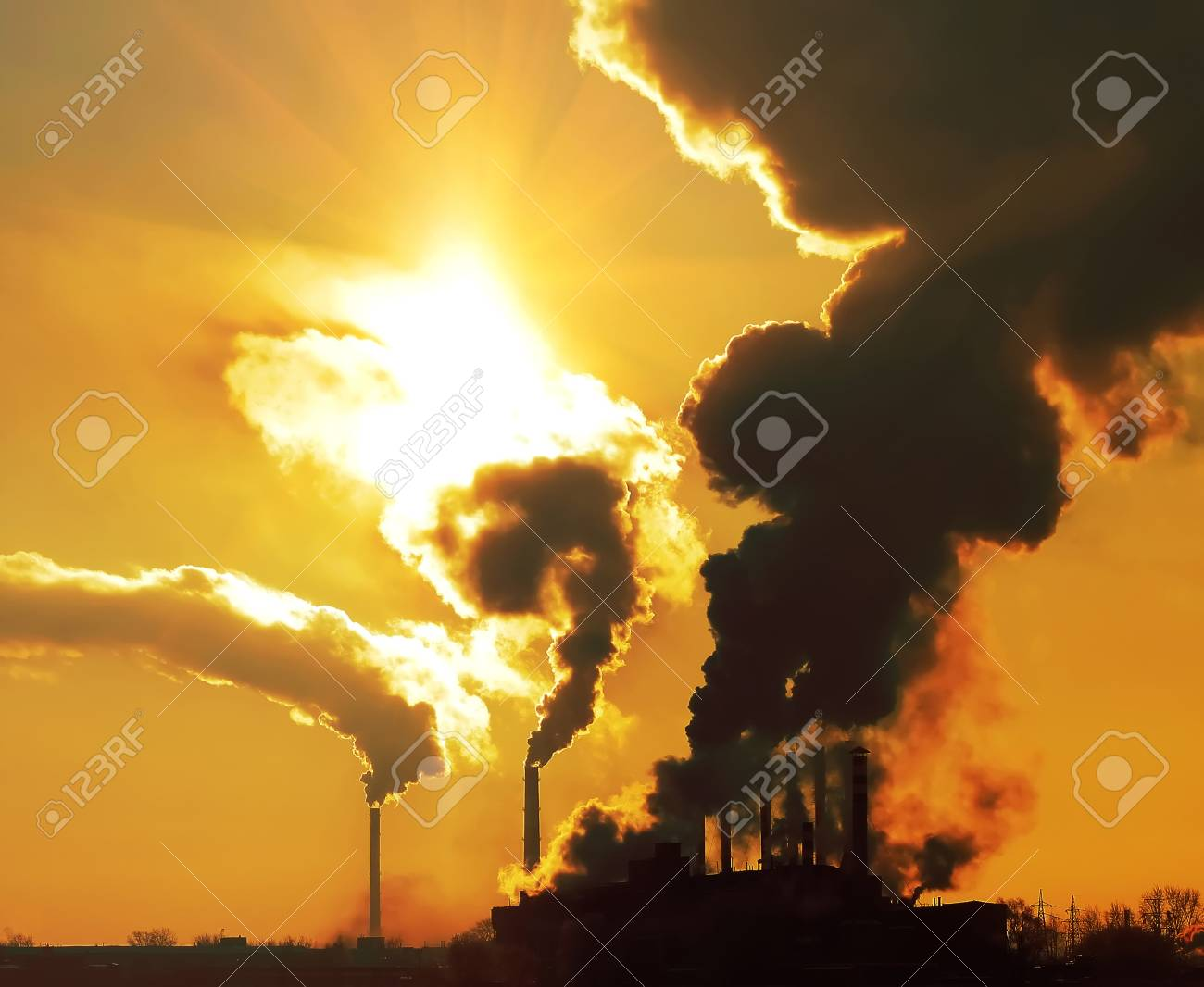 Industrial plant with smoke Stock Photo - 7583143