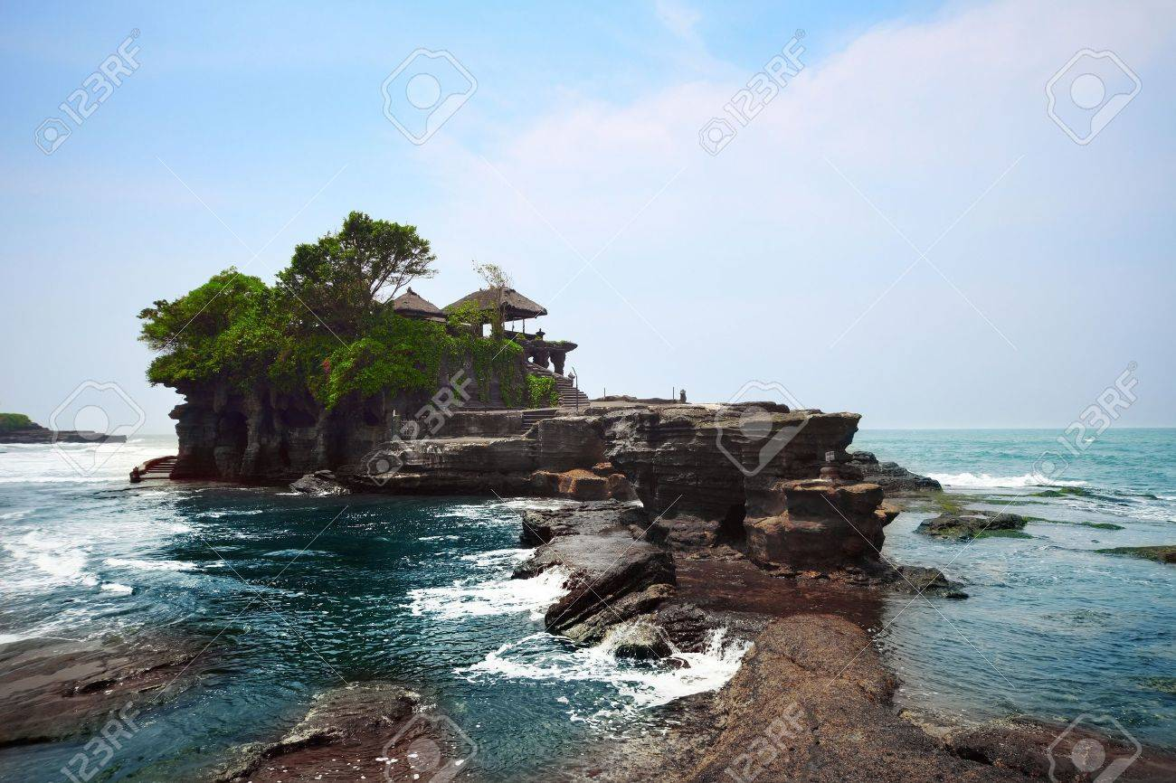 Indonesian temple in sea. Tanah lot complex. Bali. Indonesia Stock Photo - 9634197