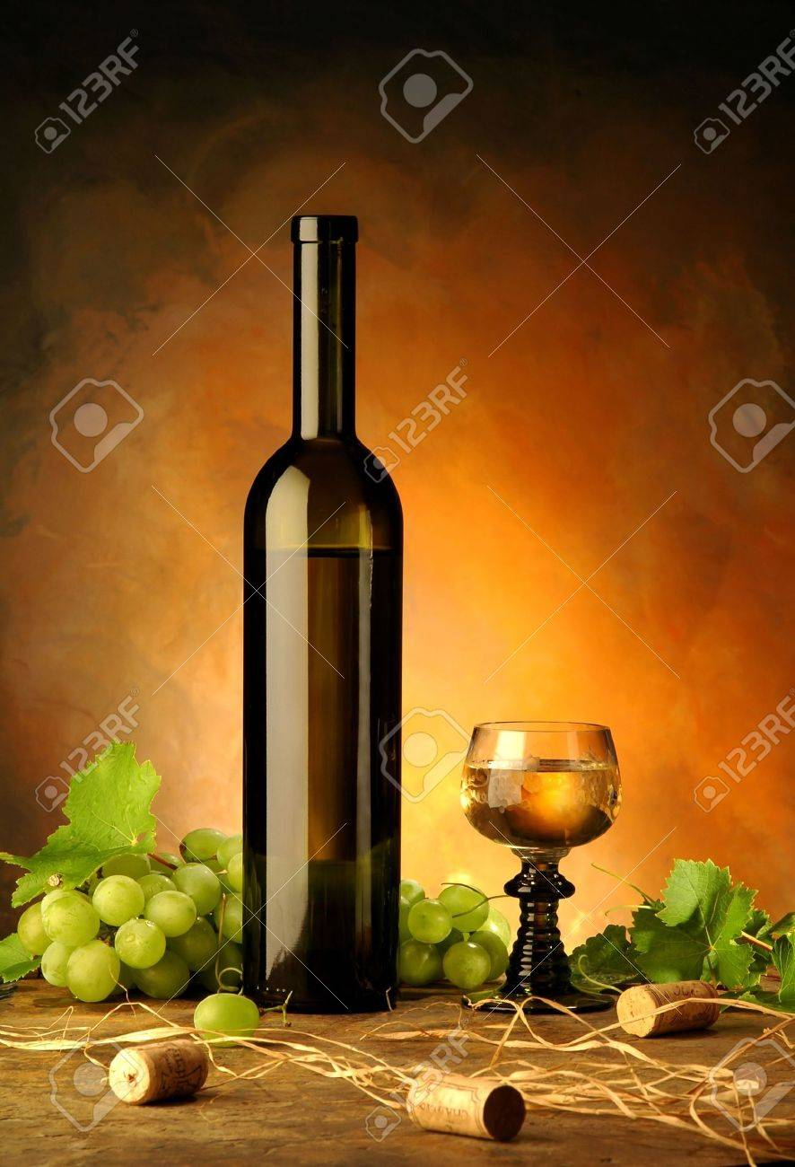 Still life with wine bottle, glass and grapes Stock Photo - 2153099