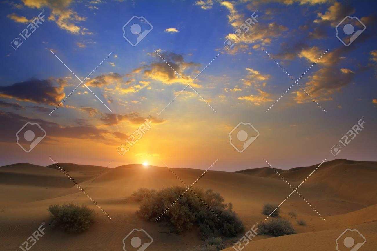 sunrise in Tar desert India - 17178417