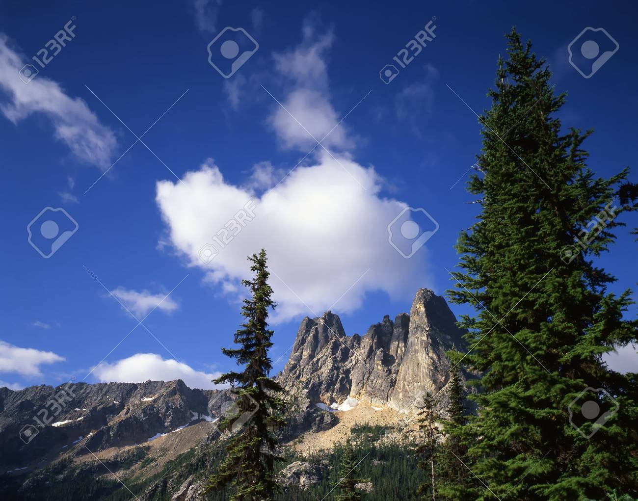 Liberty Bell Mountain in the Okanogan National Forest of Washington State. Stock Photo - 717888