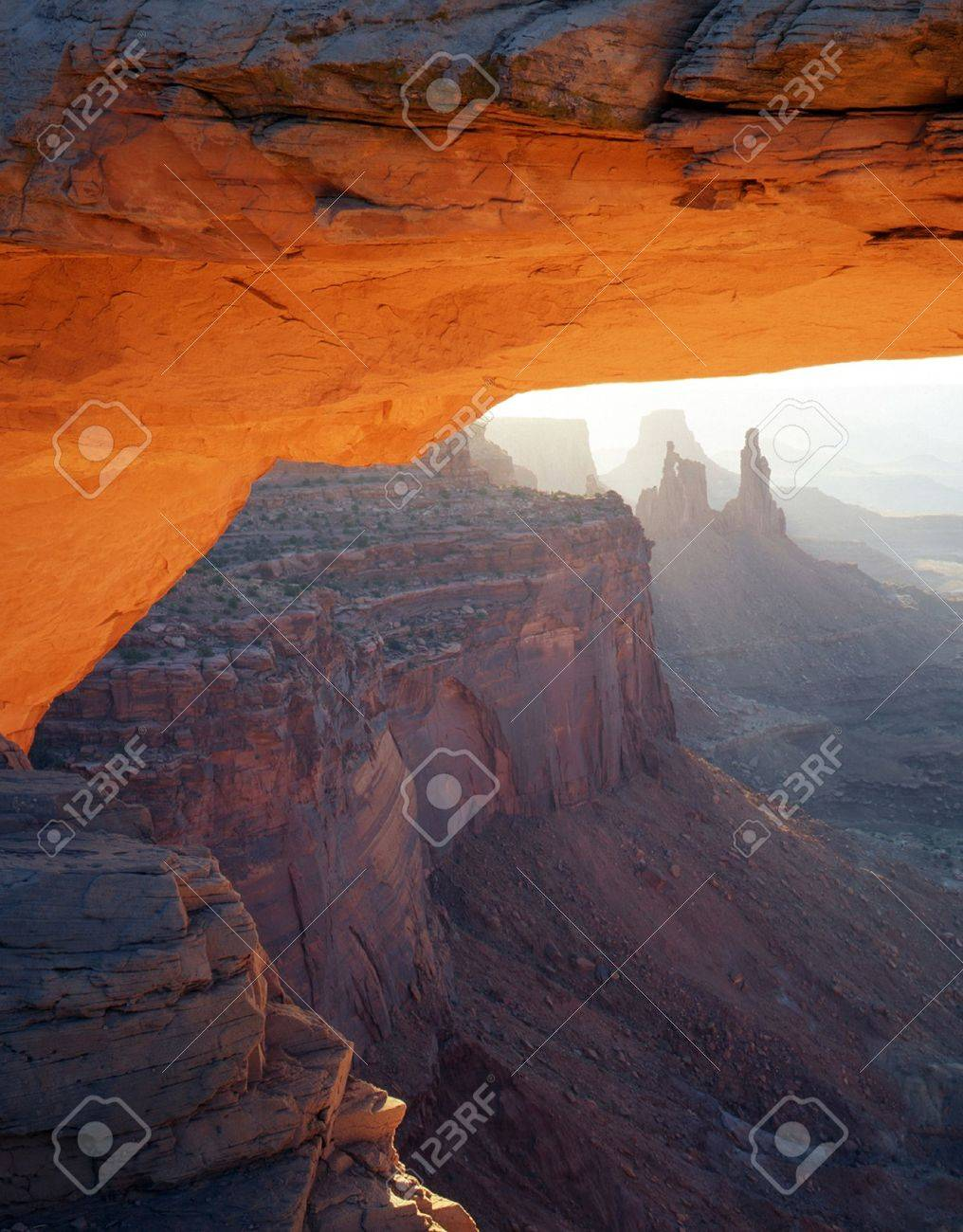 Mesa Arch framing Washer Woman Arch in Canyonlands National Park, Utah. Stock Photo - 755027