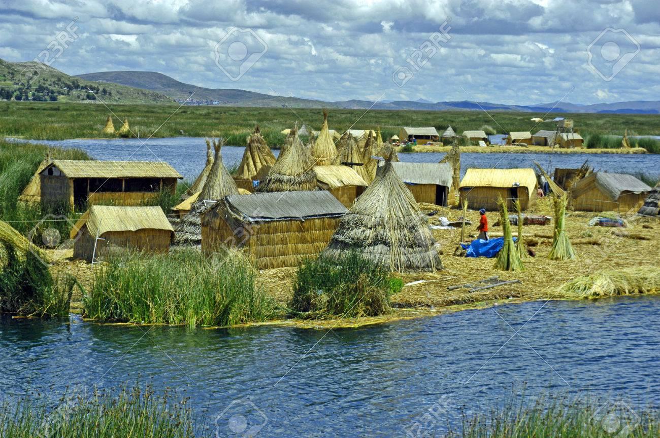 Peru - Page 8 36813344-floating-villages-in-lake-titicaca-peru