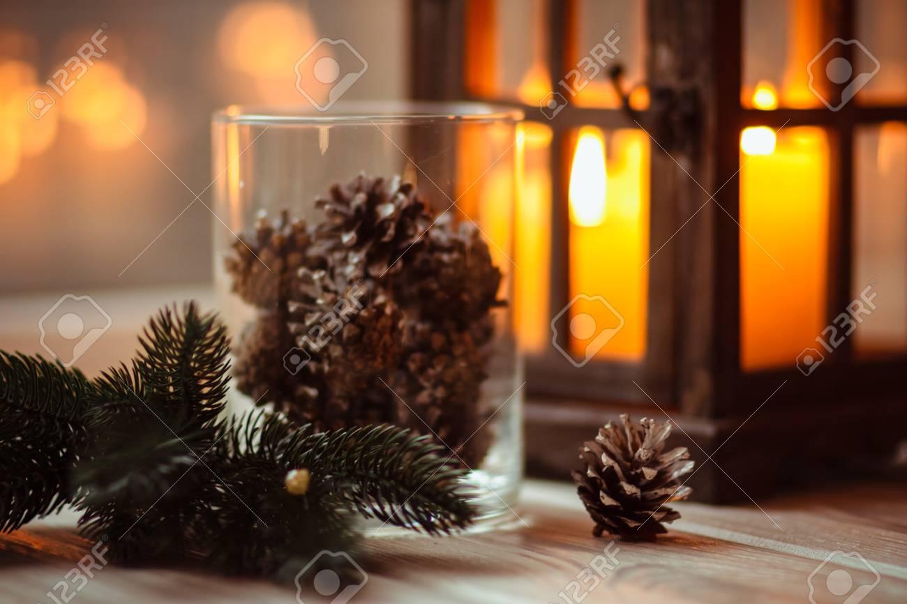 Schöne Farbe Neujahr Tischdekoration Mit Weihnachtsdekor Lizenzfreie ...