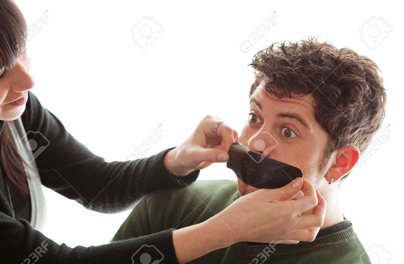 Связали и заклеили рот 18 фотография