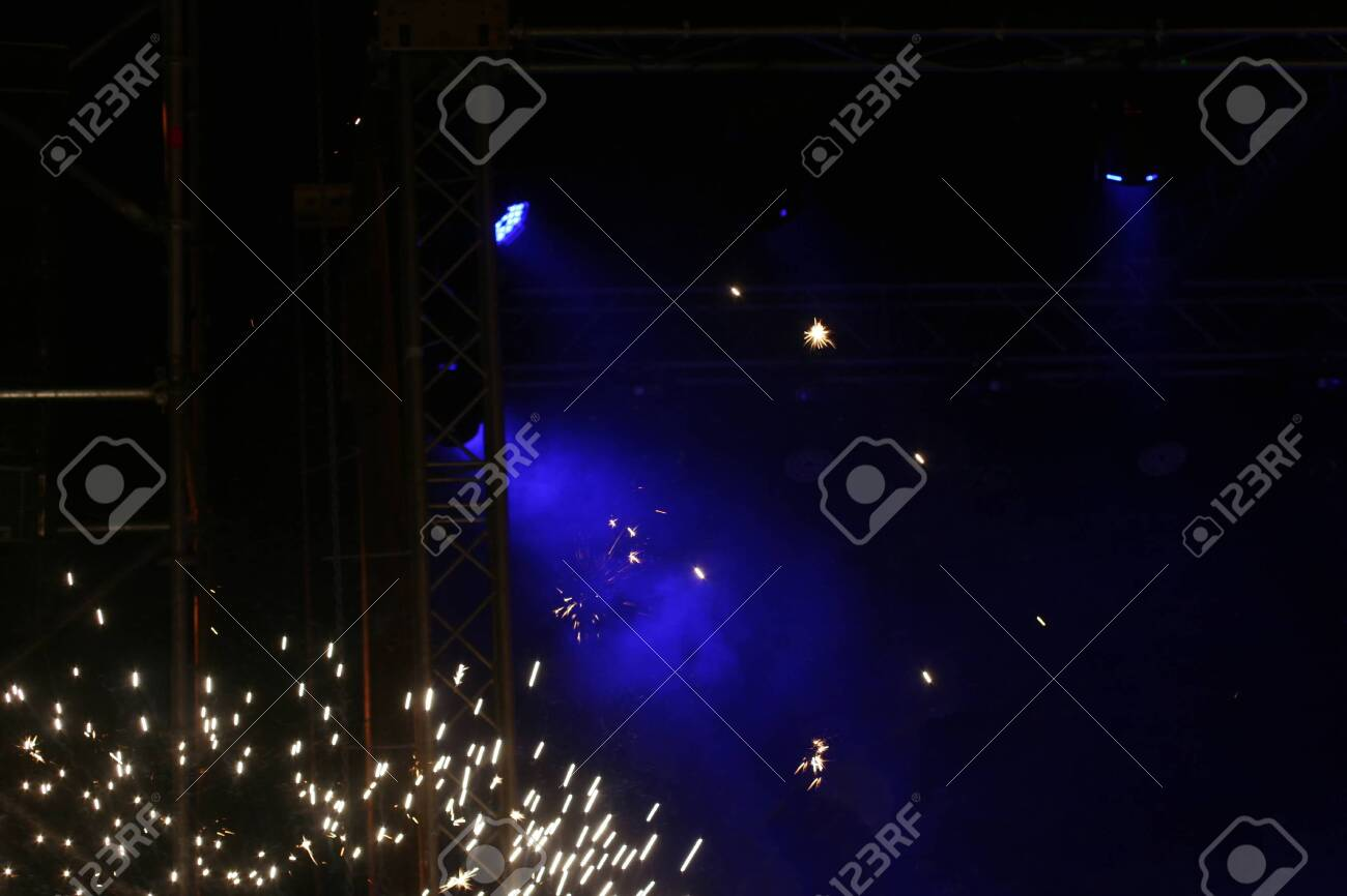 Blue light on the stage. Brilliant lights. - 131947043