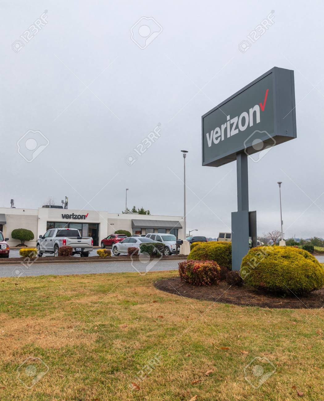 HICKORY, NC, USA-1/3/19: Verizon retail building and sign, selling