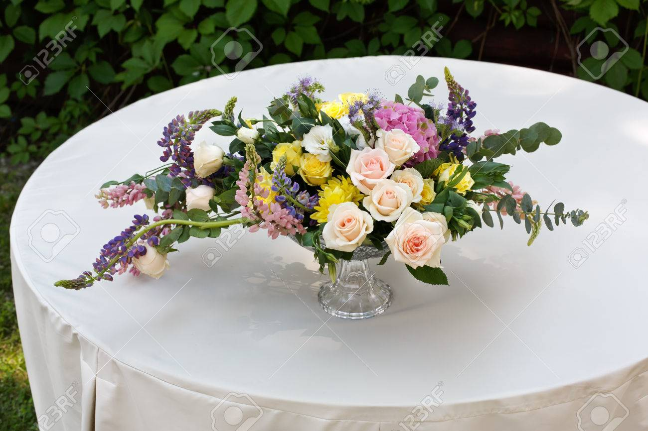 Schone Blume Zusammensetzung Im Freien Hochzeit Floristik