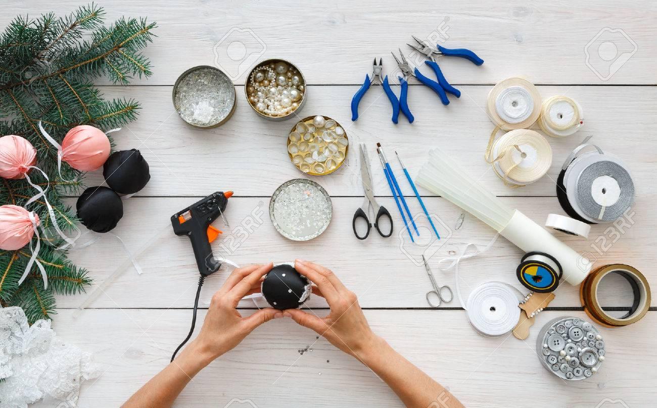 Creative Diy Hobby Making Handmade Craft Christmas Balls Woman S