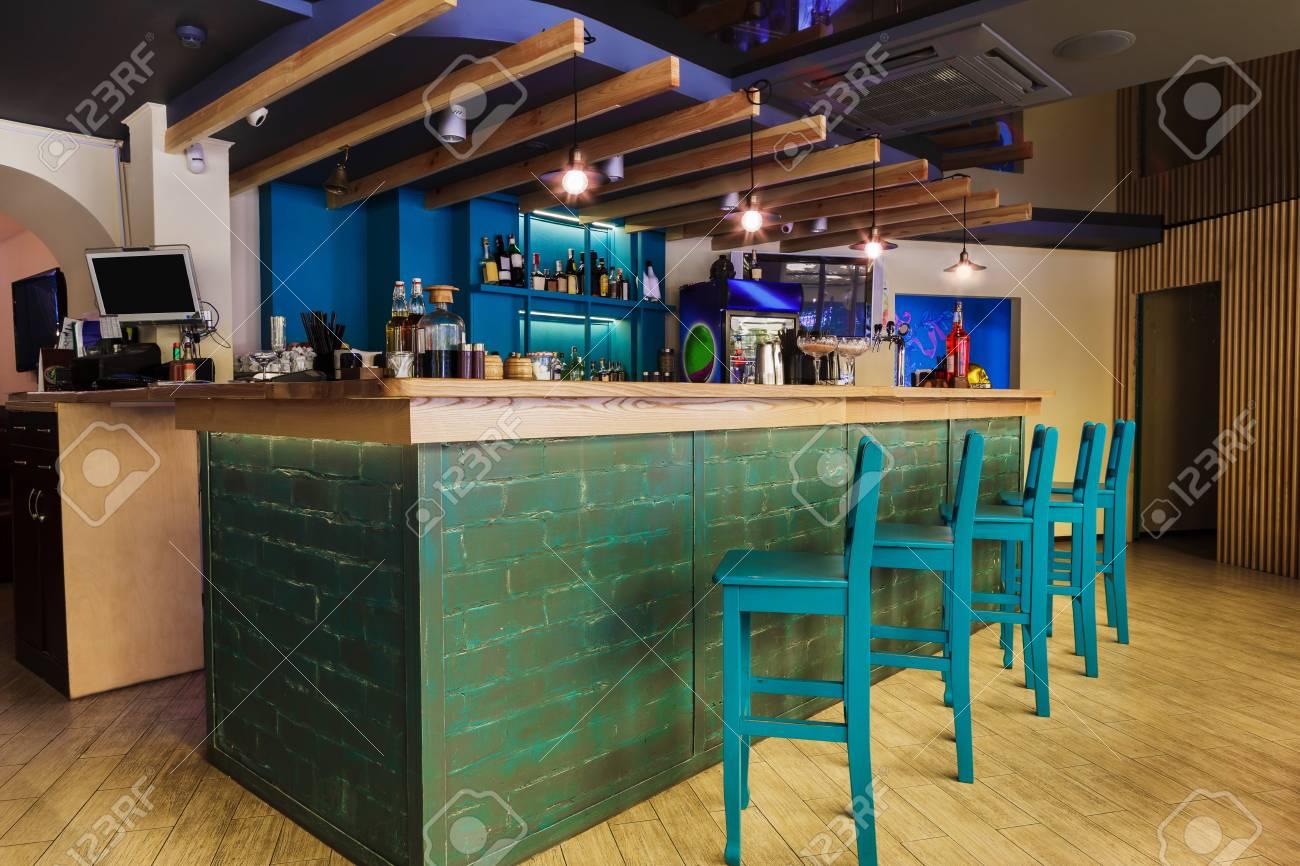 restaurant moderne ou café intérieur. design d'intérieur intérieur