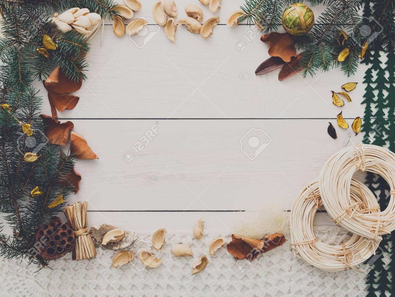 La Decoración De Navidad Hecha A Mano Concepto Del Marco De Fondo ...