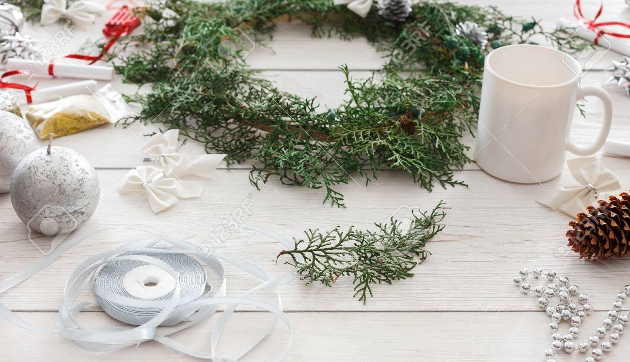 Creative Diy Craft Hobby Making Handmade Christmas Ornaments And Thuja Tree Garland Home