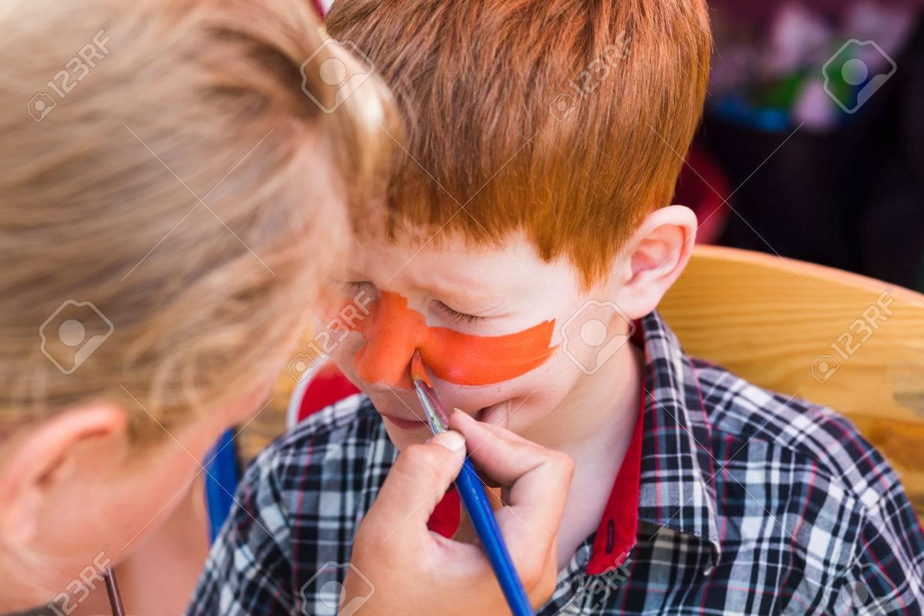 Gezicht kunst voor kleine jongen tijger ogen schilderen kinderen