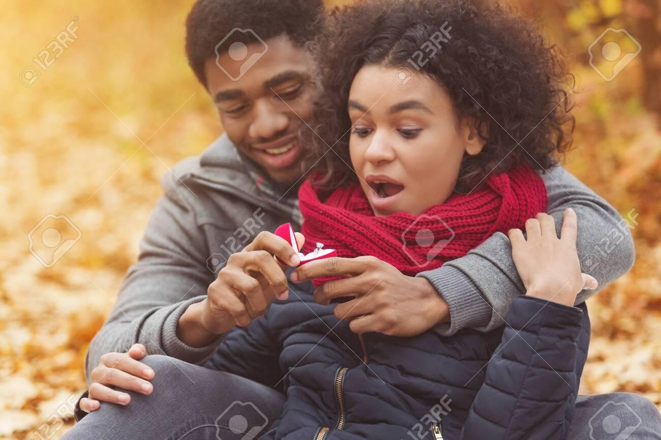 afro sentrale datingNyheter kjemper mann singel