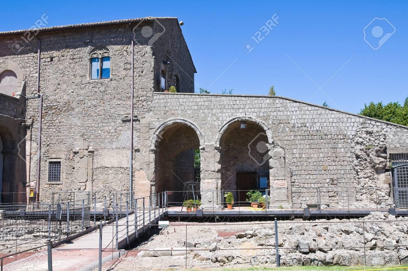 Rocca dei Papi  Montefiascone  Lazio  Italy Stock Photo - 14950949