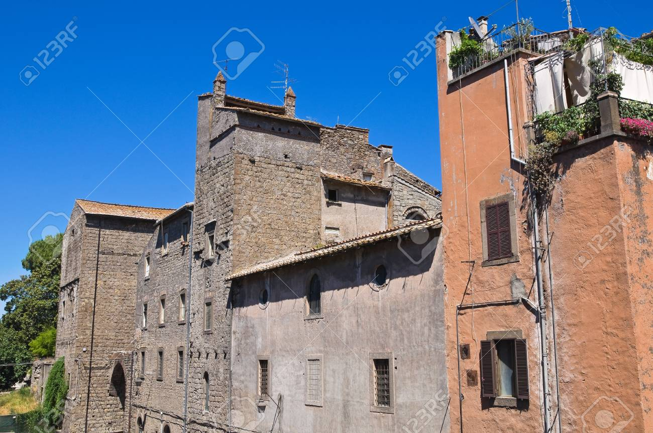 Alleyway. Viterbo. Lazio. Italy. Stock Photo - 16984172