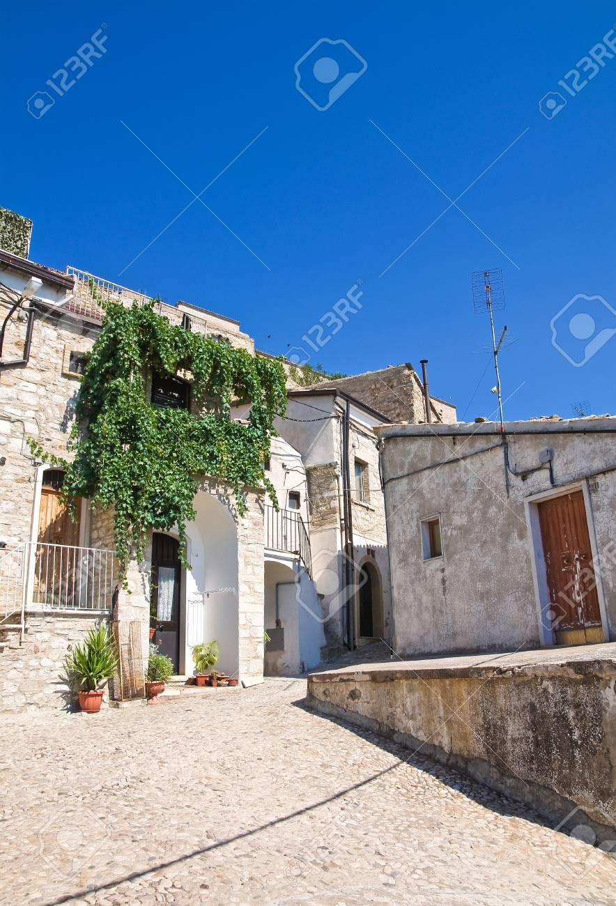 Alleyway  Santagata di Puglia  Puglia  Italy Stock Photo - 17214671
