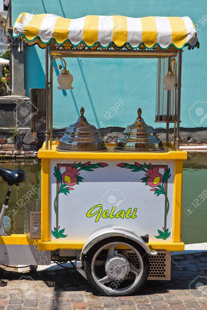 Ice cream carriage  Comacchio  Emilia-Romagna  Italy  Stock Photo - 18193720