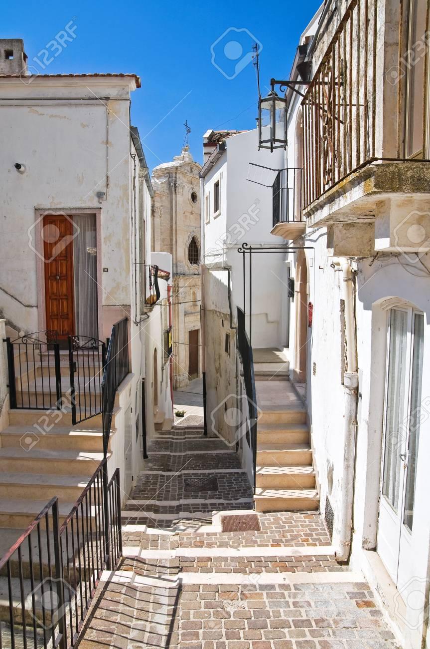 Alleyway. Monte Sant'Angelo. Puglia. Italy. Stock Photo - 22097077