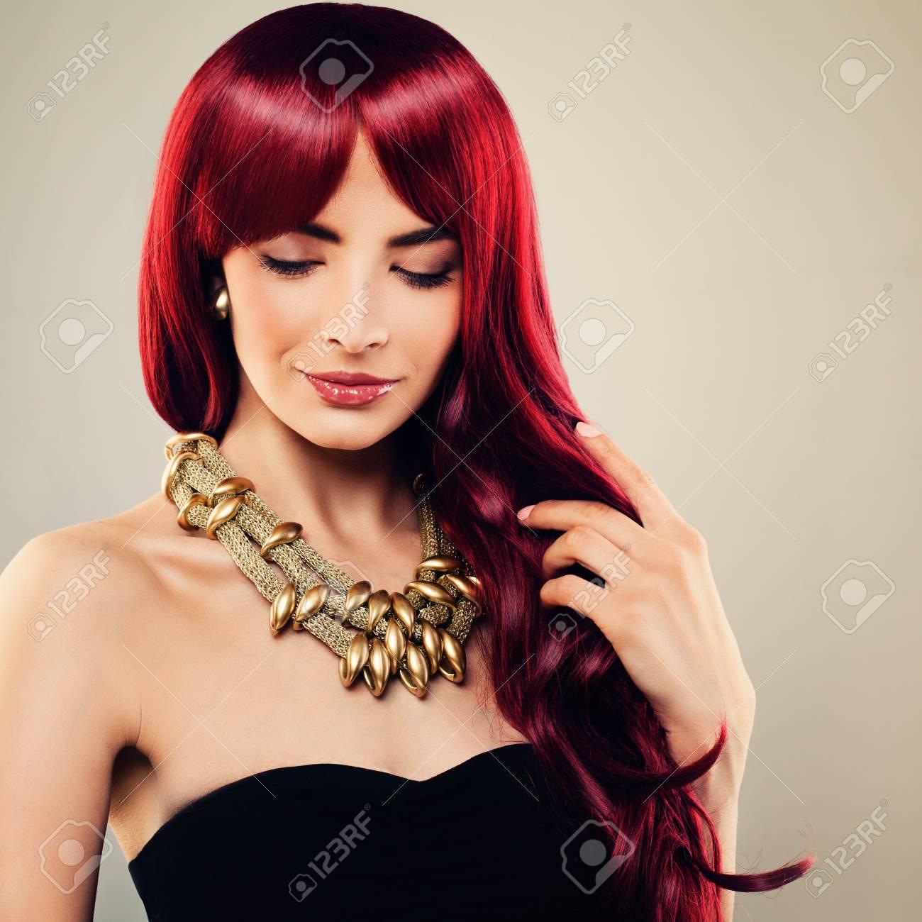 Coiffure femme rousse long